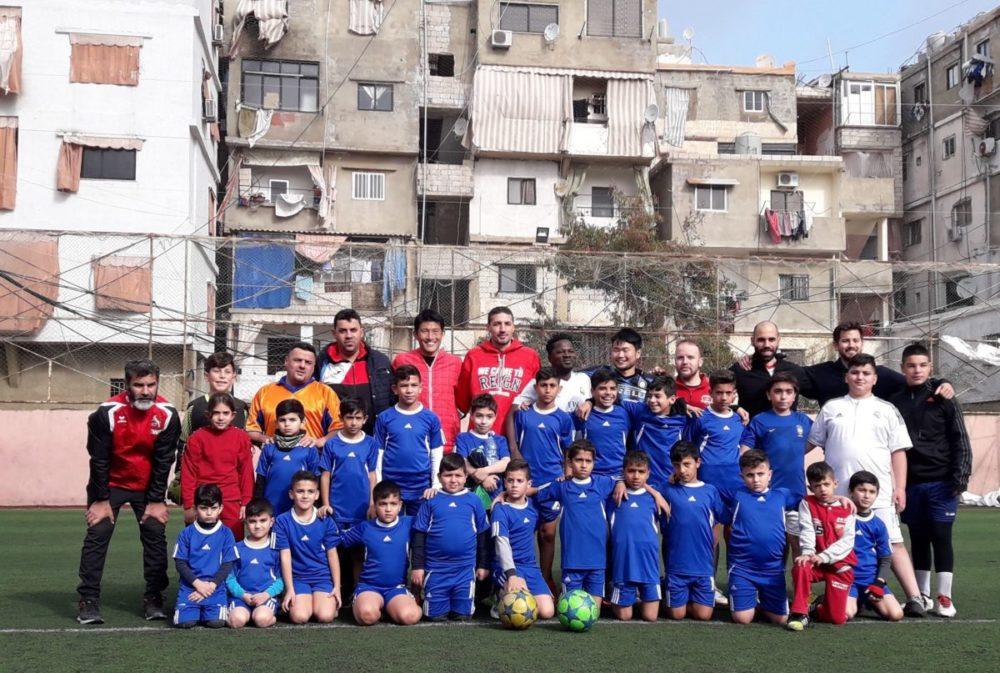 シャティーラ難民キャンプサッカークラブのメンバー