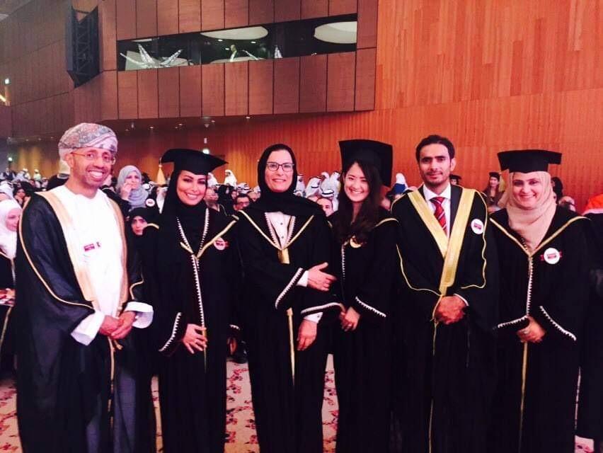 カタール大学修士課程卒業式