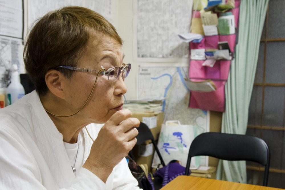 インタビューに応える一般社団法人ほうせんか理事の慎民子さん
